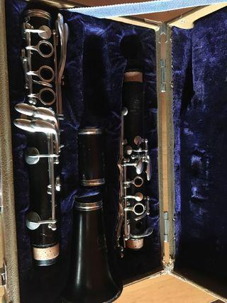Clarinete Yamaha YCL32 madera