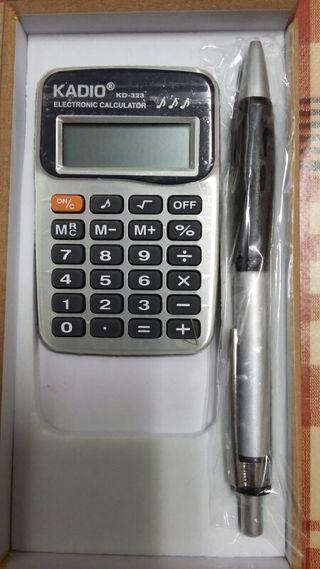 Estuche bolígrafo y calculadora