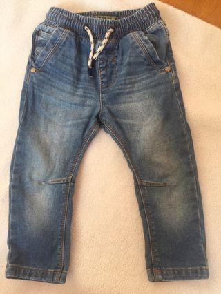 Vaqueros jeans tejanos bebé