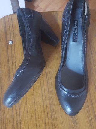 zapatos negros martinelli