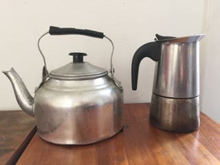 Cafetera y tetera