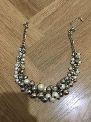 Collar de perlas de Zara