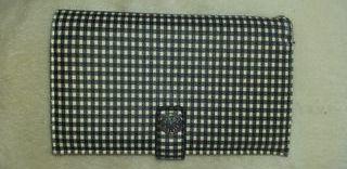 cartera cuadritos de vichy blancos y negros