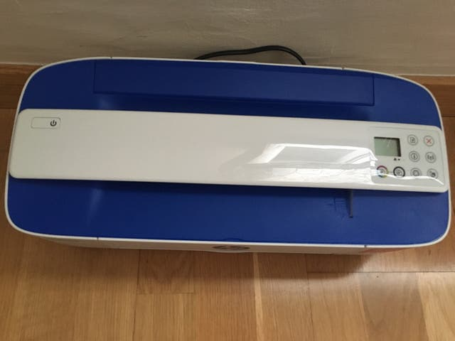 Impresora HP Deskjet 3700 All in INE serie