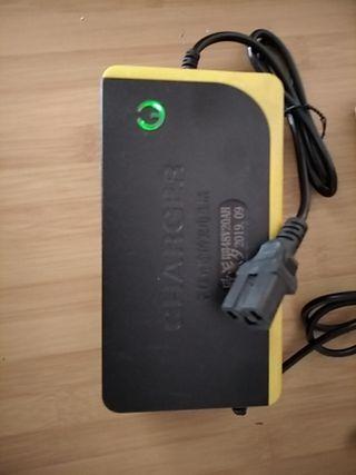 Cargador batería 48V ácido gel plomo