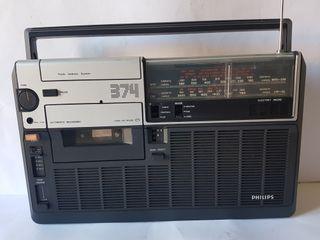 Antiguo radio cassette Philips mod. 374 año 1977