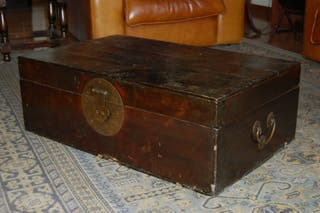 baúl colección antiguedad