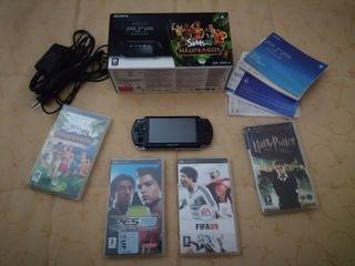 PSP Slim + juegos y funda
