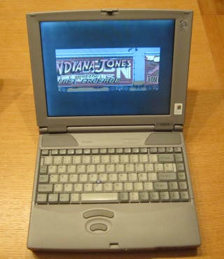 Ordenador portátil vitange con juegos antiguos