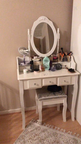 Make up Dressing table