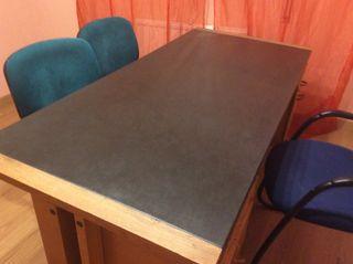 Mesa de despacho junto + dos confidentes +sillon