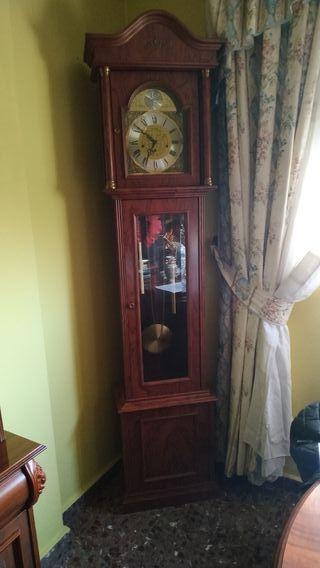 Reloj Antiguo de pie