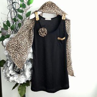 Camiseta S+foulard+broche