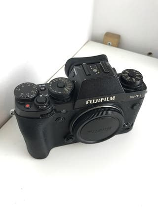 Fujifilm X-T1 + extras (sin objetivo)