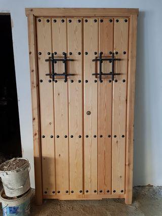 puerta madera pino