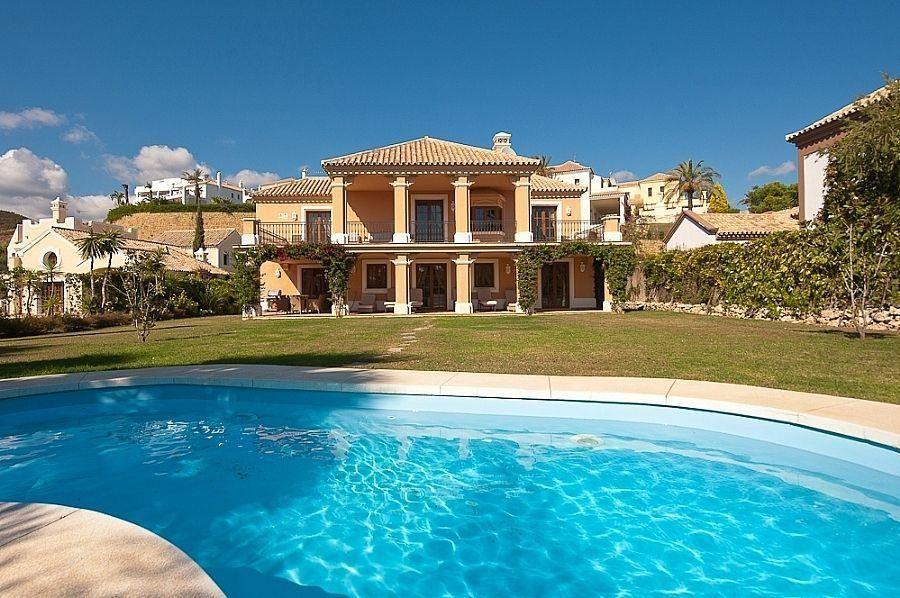 Villa en venta en El Padrón - El Velerín - Voladilla en Estepona (Resinera Voladilla, Málaga)