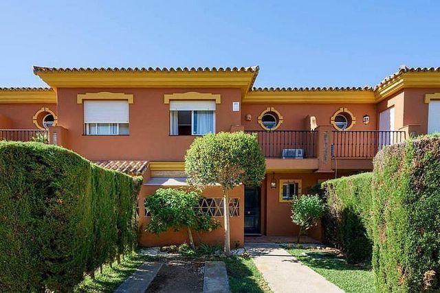 Casa adosada en alquiler en Paraíso - Atalaya- Benamara en Estepona (El Paraíso, Málaga)