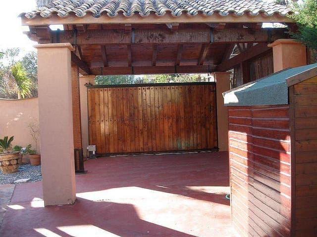 Piso en alquiler en El Padrón - El Velerín - Voladilla en Estepona