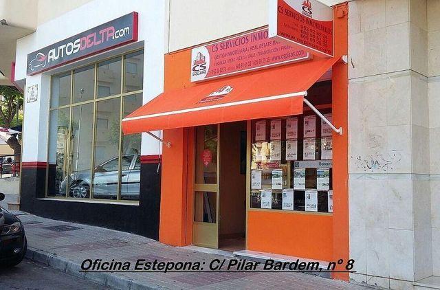 Chalet en venta en El Padrón - El Velerín - Voladilla en Estepona (Resinera Voladilla, Málaga)