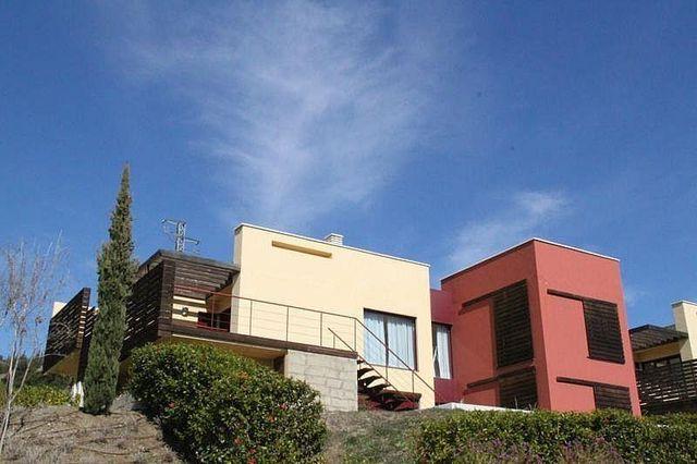 Chalet en alquiler en El Padrón - El Velerín - Voladilla en Estepona