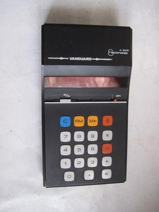Calculadora Vanguard Lectronic X-805 tapa de pilas