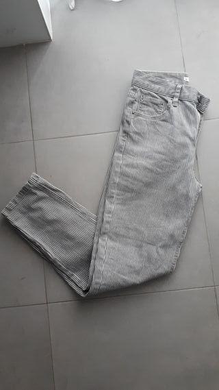 Pantalon Pull&Bear 36