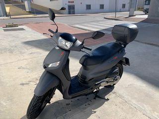 Peugeot tweet rs 125cc