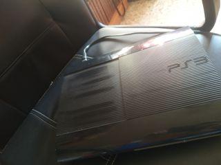 Consola PS3+mando= 45€ En perfecto estado.