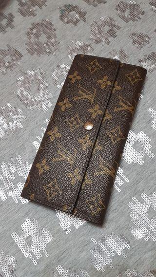 """Cartera """"Louis Vuitton"""""""
