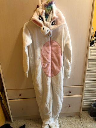Disfraz / pijama de unicornio