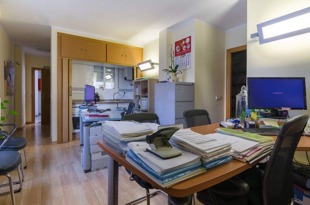 Piso de 2 dormitorios en el centro de Fuengirola (Las Lagunas de Mijas, Málaga)