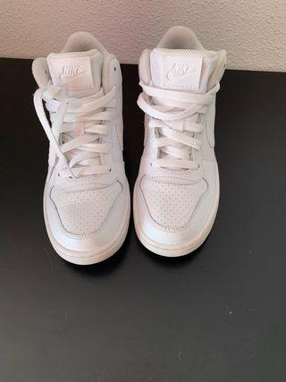 Zapatillas bota pract nuevas