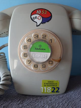 Teléfono antiguo (pared)