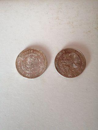 dos monedas Mexicanas