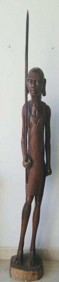 TALLA AFRICANA GUERRERO MASAI