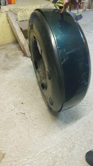 cubre rueda Toyota Rav4 2002