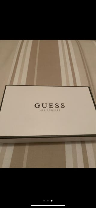 Cartera Guess Original Última temporada