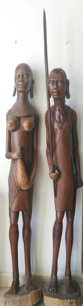 TALLA AFRICANA PAREJA MASAI