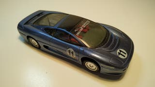 Jaguar XJ220 Scalextric Uk