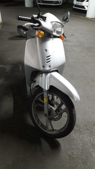 Honda SH 100