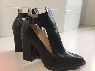 Botines de tacón- Zapatos de tacón alto negros