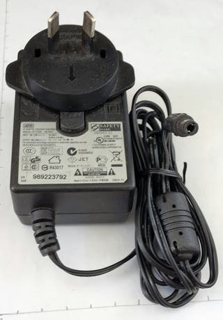 AC ADAPTOR cargador 100-240V 12v 1.5A WA-18H2