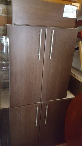 mueble de 2 puertas con balda