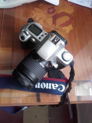Cámara fotos EOS 500