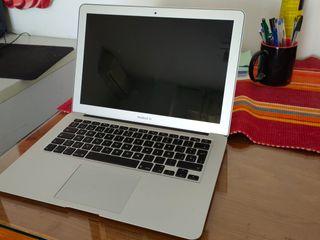 "MacBook Air 13"" (i5 8 128)"