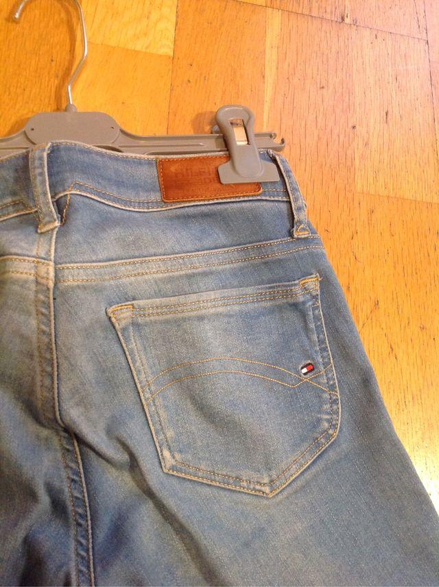 Pantalones vaqueros pitillos de TOMMY HILFIGER