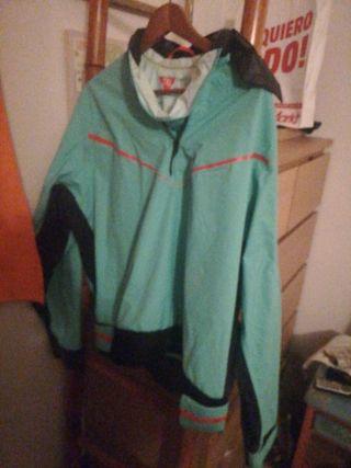 chaqueta impermeable deportiva decathlon