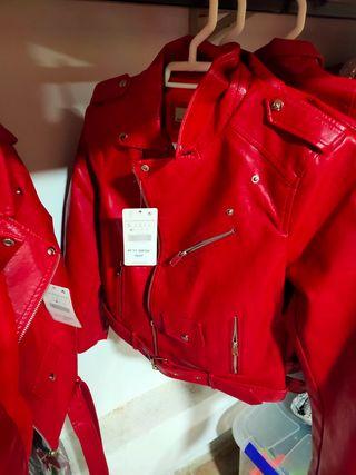 chaquetas cuero sintético color rojo