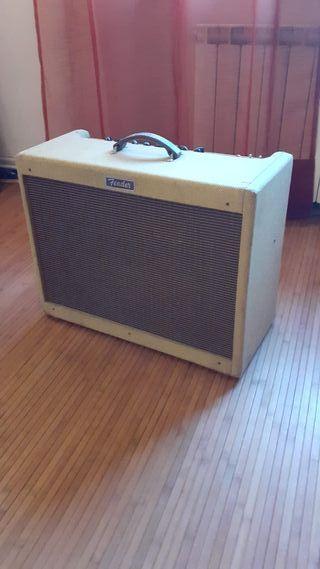 Amplificador de guitarra Fender Blues de Luxe