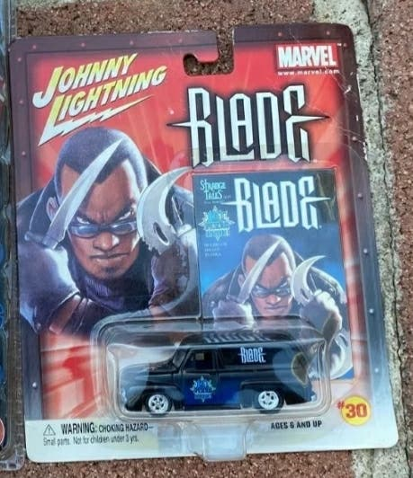 Coche Blade Johnny Lightning Marvel 2003